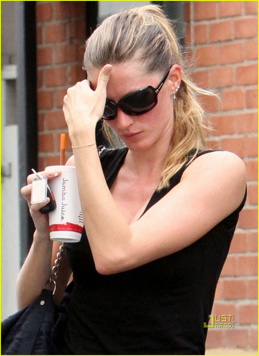 Gisele Bundchen Beat Red After a Work Out Session!